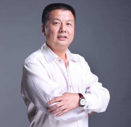 九头鸟向大鹏鸟的蜕变--记黑龙江新乐虎国际唯一网站建设集团董事长陈新